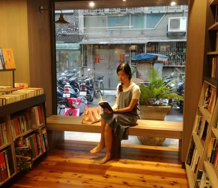 茉莉二手書店-愛書的生命落腳處,惜書人的殿堂